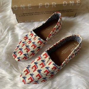 NWT & Box Toms Rock the Vote Donkey shoes